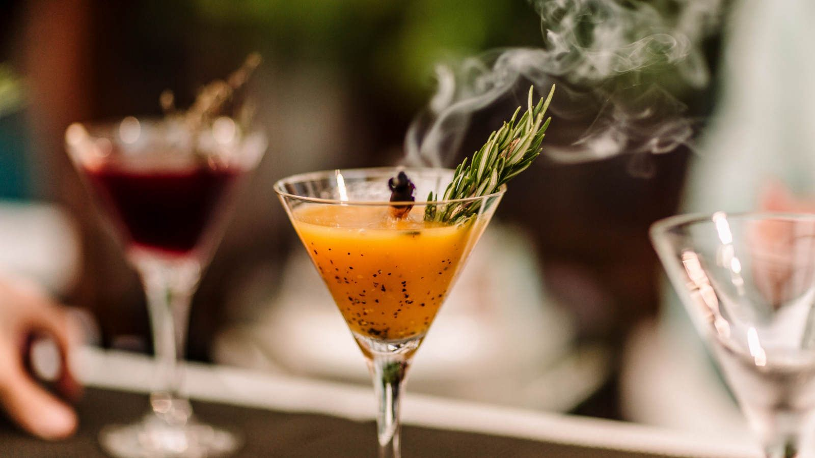 Discover the world of cocktails with the W Instanbul mixologist Serdar Pelistar