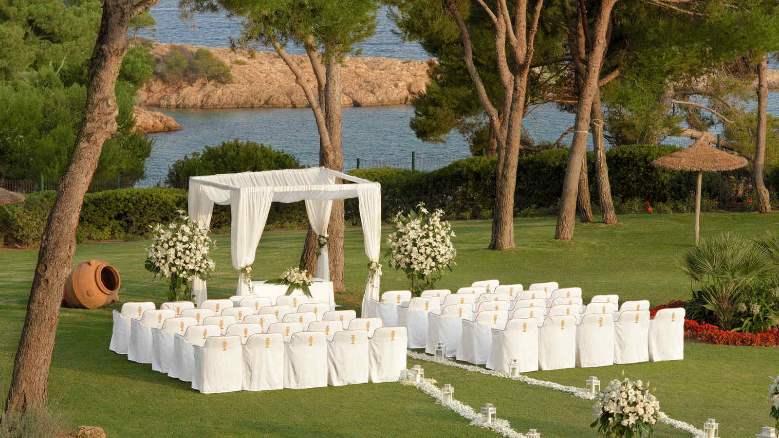 Tie the knot in an unmatched location - at the St. Regis Majorca