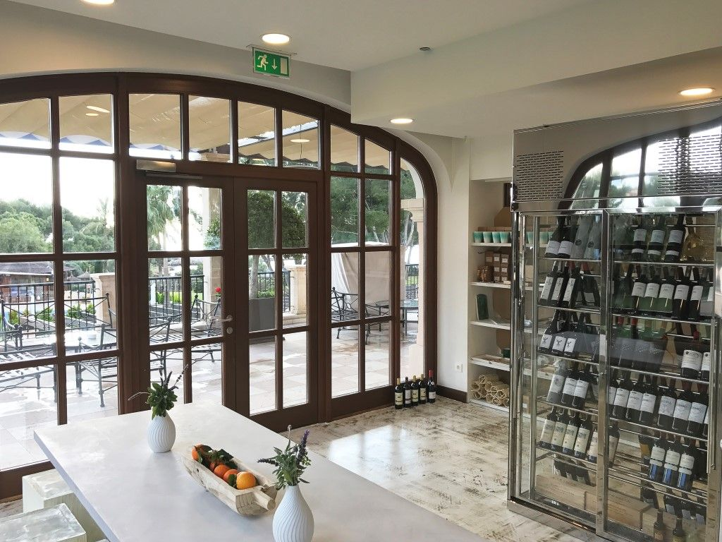 Mimo Mallorca - Food Tours and Gourmet Shop at the St. Regis Mallorca