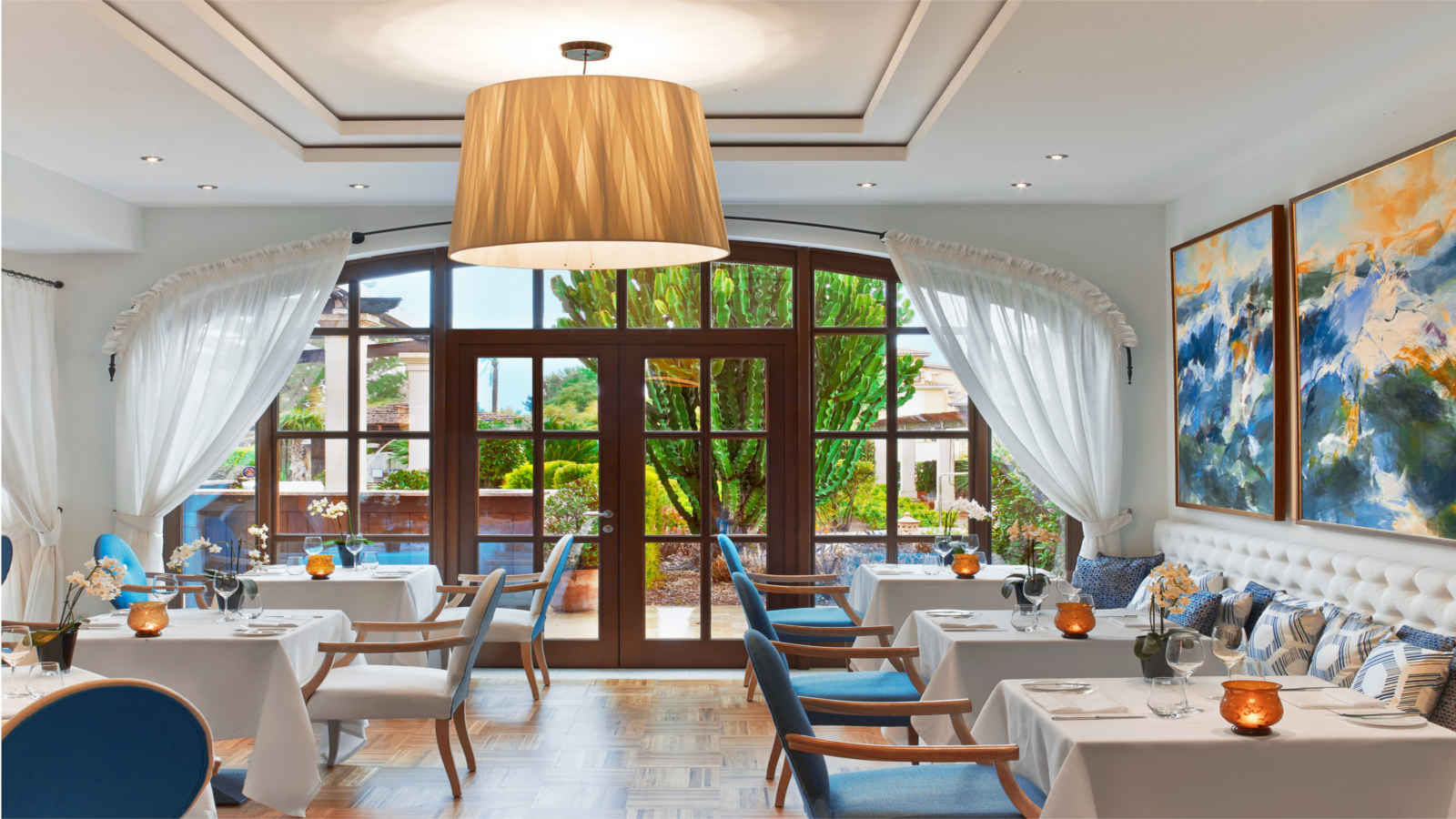 Restaurant Aqua | The St. Regis Mardavall