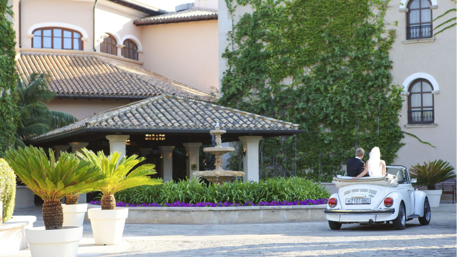 A memorable journey at The St. Regis Mardavall Mallorca Resort
