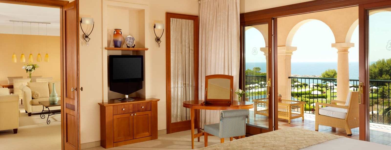 Ocean One Suite | The St. Regis Mardavall Mallorca Resort
